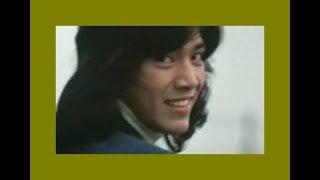 19歳の五郎さんが主演した映画「再会」の挿入歌です。 港で少女と出会う...