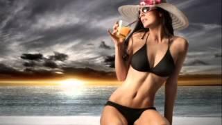 приколы, девушки на пляже