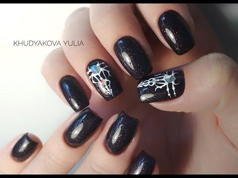 Фото ногти темные