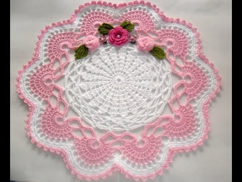 Centro de mesa em croch branco e rosa parte1 youtube for Centro de mesa a crochet