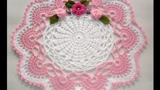Centro de mesa em Crochê branco e Rosa – Parte1