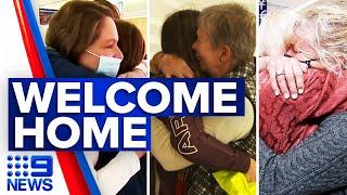 Coronavirus: Families reunite as Trans-Tasman bubble begins | 9 News Australia