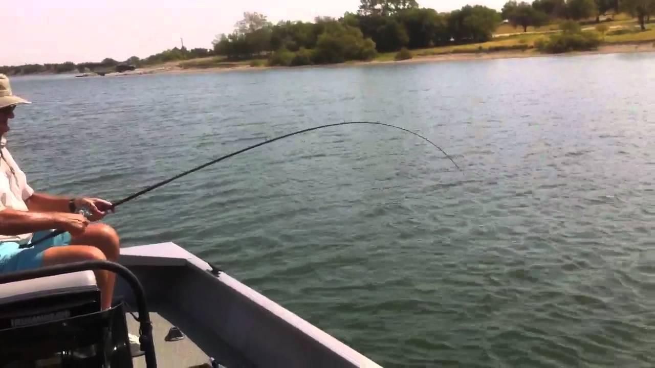 Sand bass fishing lake lavon youtube for Lake lavon fishing report