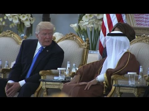 US President arrives at hotel in Riyadh on Saudi visit