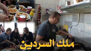 ملك السردين... شاهدوا معنا قصة أشهر مطعم لبيع السردين في القصبة يستقطب الأجانب و الجزائريين