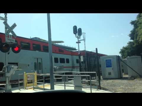 Caltrain #924 at Leaving Mountain View Station