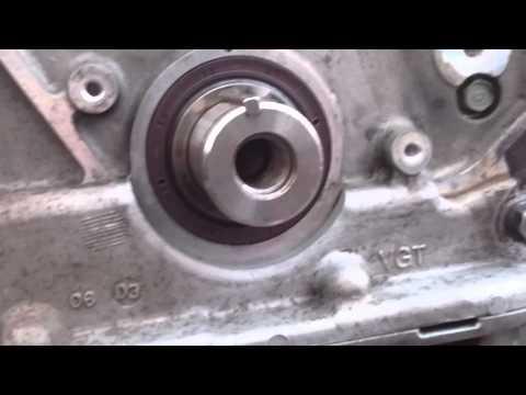 Crankshaft oil seal replacement, timing belt KIA Sedona 2.9CRDi