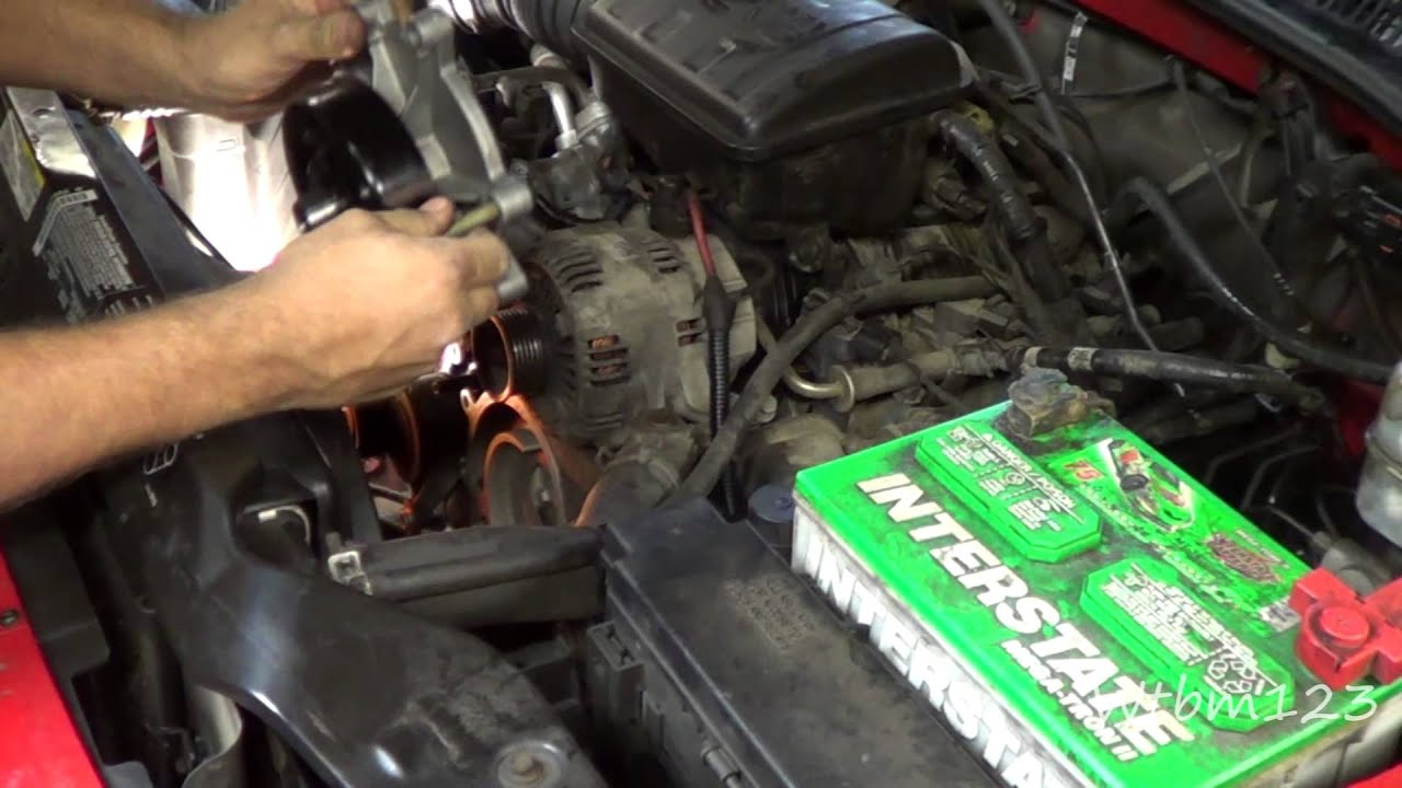 Jeep Liberty Water Pump Rep - YouTube