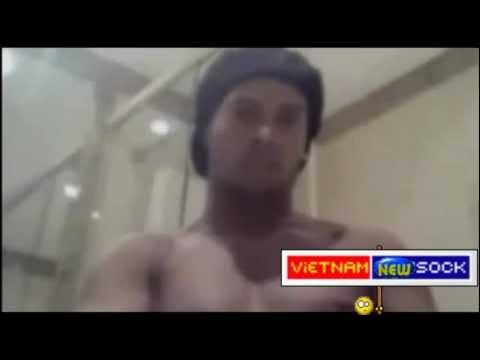 """Ronaldinho Lộ clip """"tự sướng"""""""