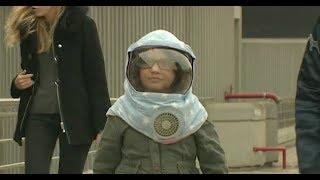 Enfants de la Lune : une vie sous haute protection - Le Magazine de la santé