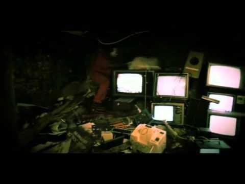 tech-n9ne---red-nose---youtube.flv