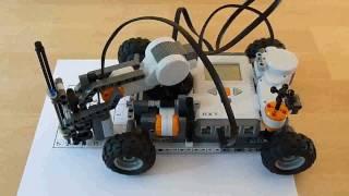 Лего-робот разгадывает судоку