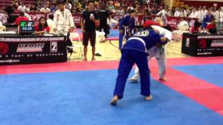 Blind Jiu Jitsu fighter wins match