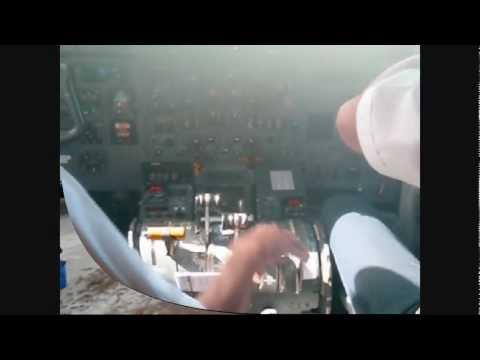 DASH-8 Landing at Gizo.wmv