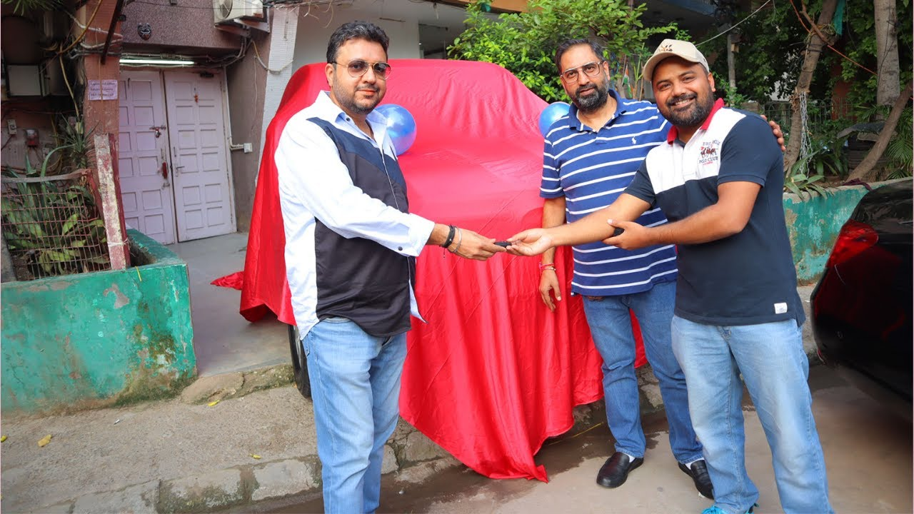 Taking VVIP Car Delivery For Subscriber   Rajasthan