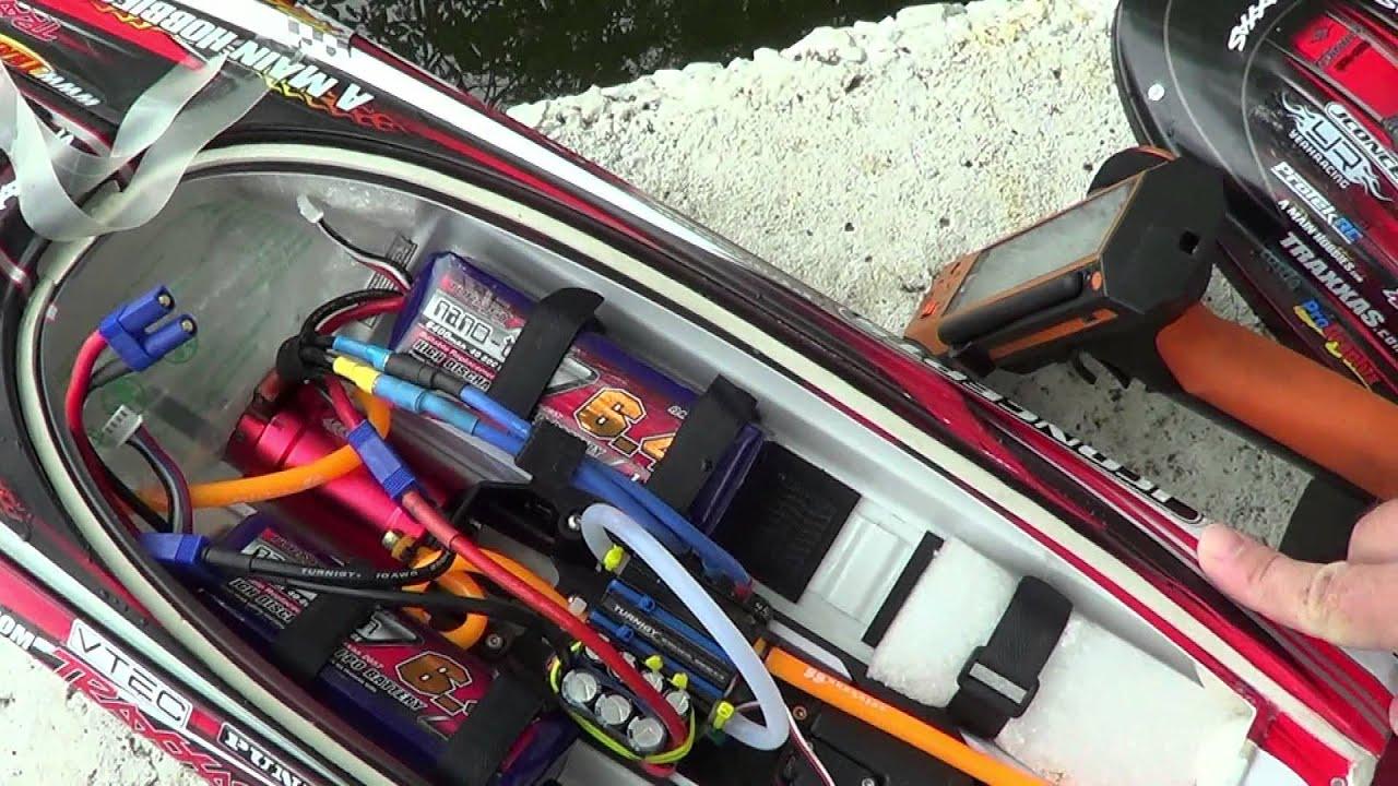 Лодка на радиоуправленииTraxxas Spartan/Traxxas Spartan rc