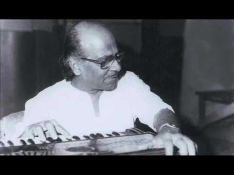 Hemanta Mukherjee Sings for Salil Choudhury