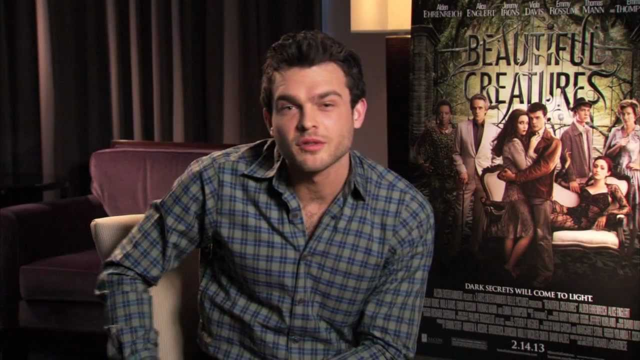 Beautiful Creatures - Greeting From Alden Ehrenreich - YouTube