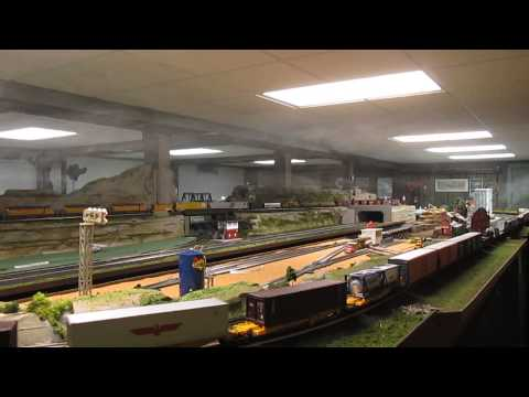 THREE RAIL O SCALE TRAIN 100 FEET LONG