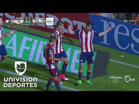 Rodolfo Pizarro metió el 2-0 de Chivas tras error de Guzmán y Tigres es una sombra
