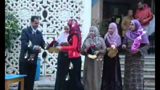 تكريم رواد الفصول بمدرسة طيبة بدمنهور 2011 wmv