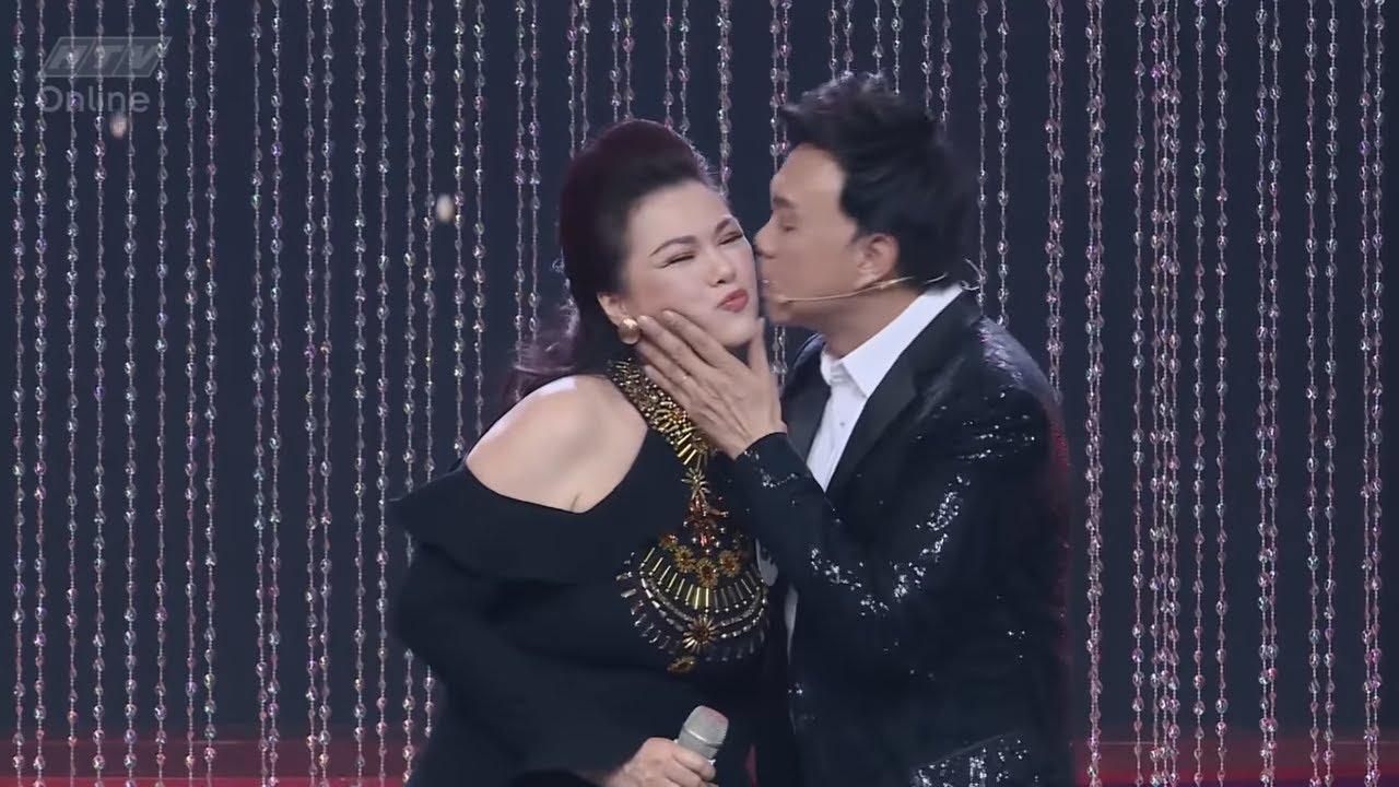 Download Nghệ sĩ Chí Tài hạnh phúc trước sự xuất hiện bất ngờ của vợ Phương Loan | CA SĨ BÍ ẨN | CSBA HTV