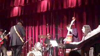 """300 Lbs of Heavenly Joy"" Hubert Sumlin w Chris Bergson Band 01-22-10"