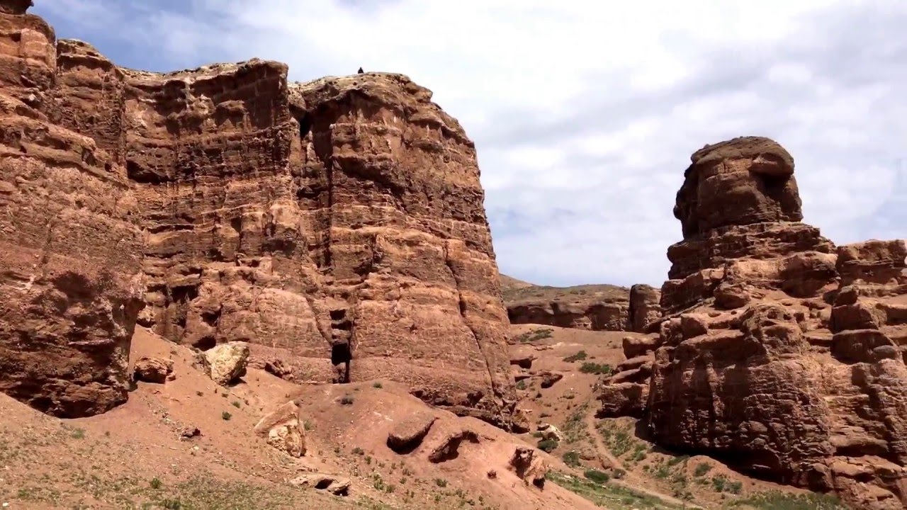 how to get from almaty to charyn canyon
