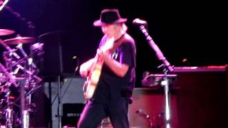 Neil Young Barolo don