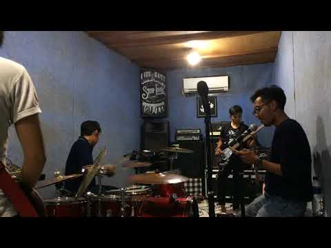 Bondan Prakoso N Fade2black - Expresikan ( Cover By Billardo Band )