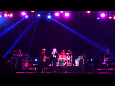 Air Supply - The power of love (Paraguay 2013)