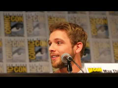 Bates Motel Vera Farmiga Max Thieriot almost crying