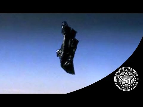 👽 Does The Black Knight Satellite Actually Exist ?
