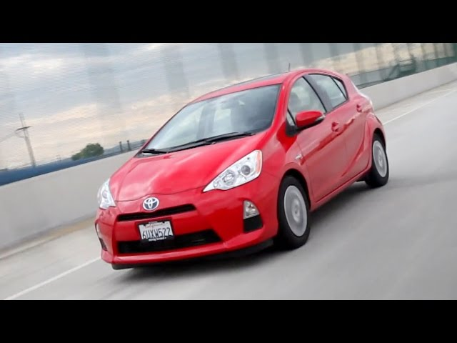2017 Toyota Prius C Video Review Kelley Blue Book