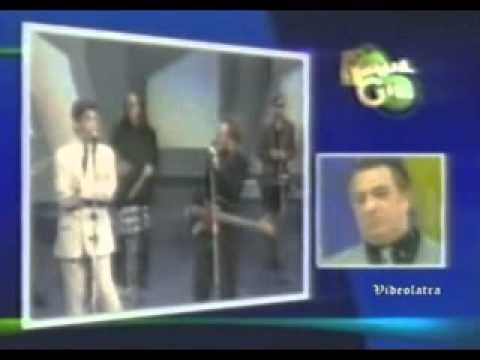 Raul Gil homenageia o Titã Marcelo Fromer