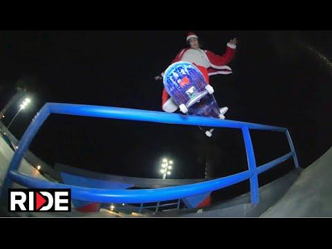 Santa (aka Tiago Lopes ) Skating Barcelona - Happy RIDE Holidays!
