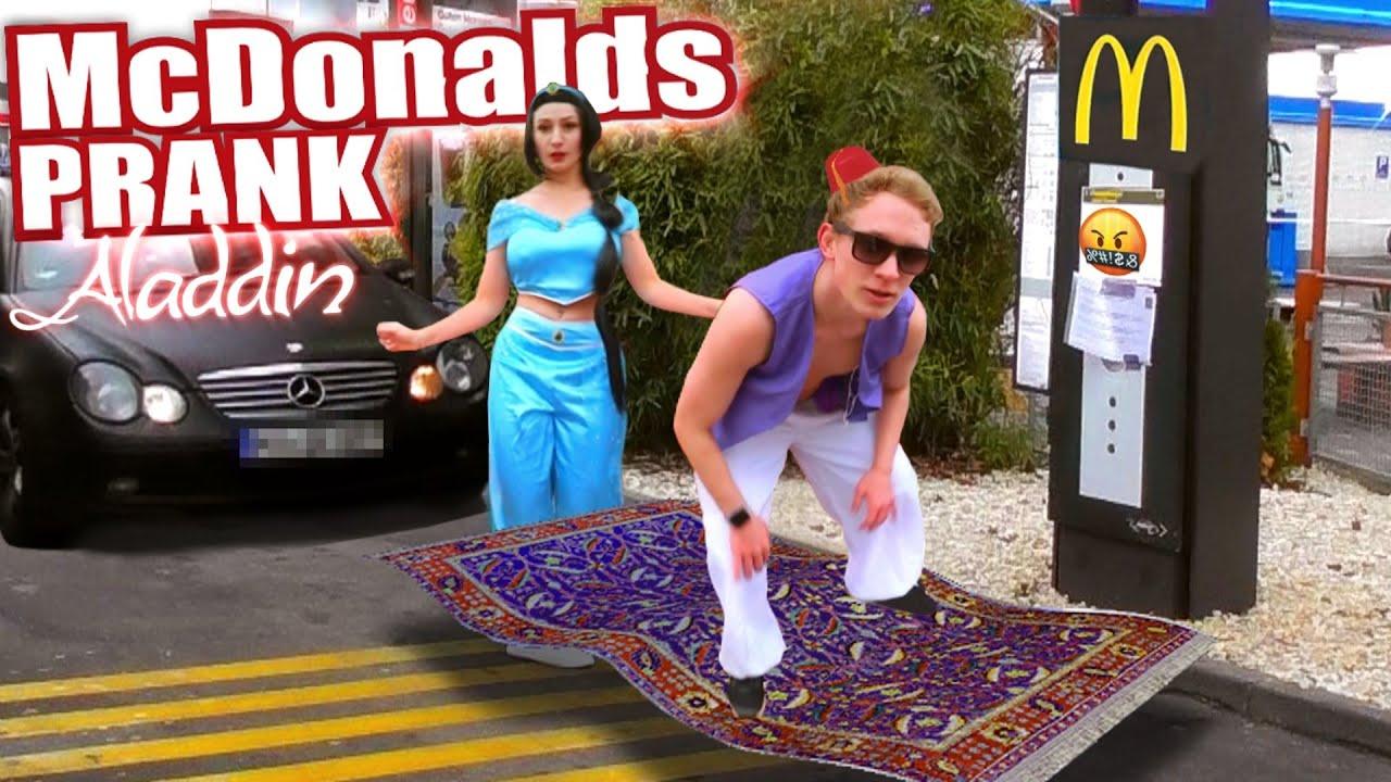 McDonalds PRANK I Fliegender Teppich ALADDIN STYLE (McDonalds Roulette)
