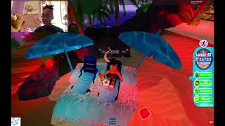 Playing Sunset Island On Roblox With My Friend!!!