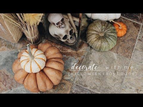 (Re) Decorate with Me | Halloween Front Door Decor