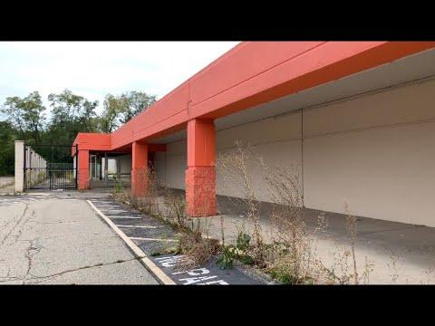 Deplorable Abandoned Big Kmart — Dayton, OH #MannyQuaciouastylebaby