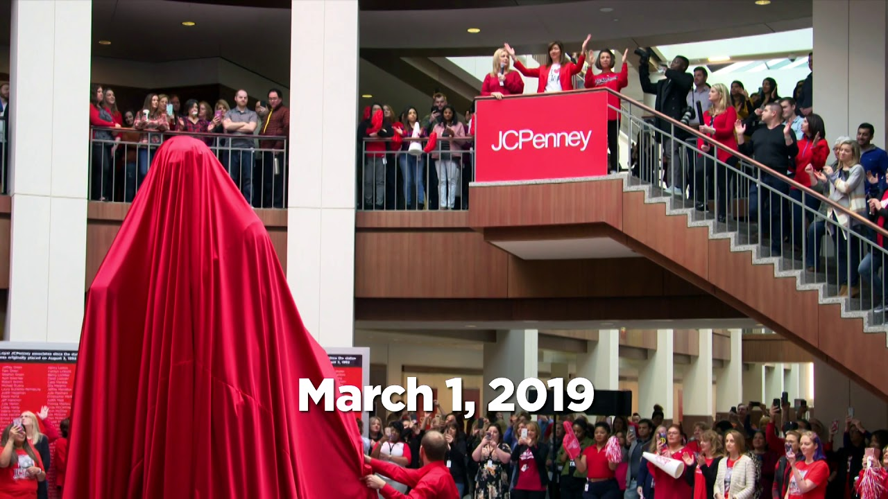 747dd3bd8 03 01 19 - Timelapse move of JCPenney statue of founder James Cash Penney