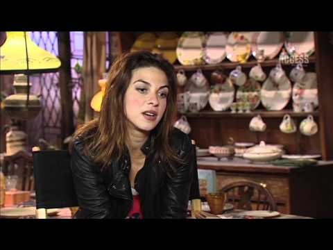 Natalia Tena  FULL  PlayStation Access TV @ Harry Potter Studio Tour