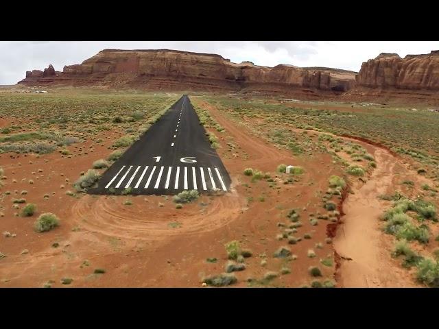 Almost crash Monument Valley Apr 2019