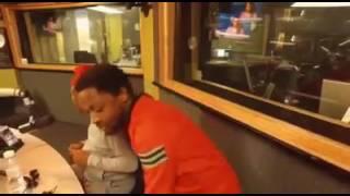 Mbuyiseni Ndlozi and Julius malema can Dance .