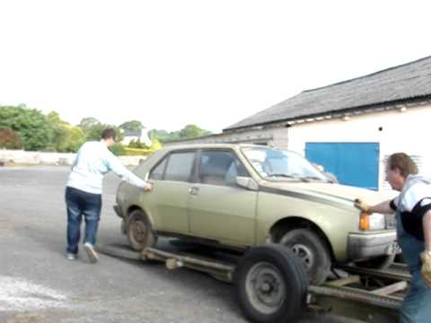Arriv de la renault 14 ts youtube for Garage renault evrecy 14