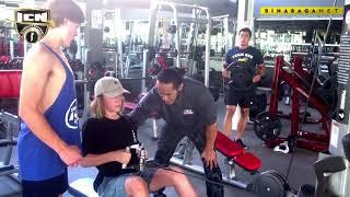 Download Video Mas Ade Rai melatih orang bule MP3 3GP MP4