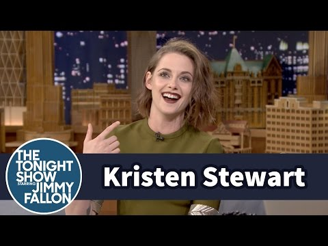 Kristen Stewart Is the First American Actress to Win France