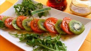 Салат помидоры с киви
