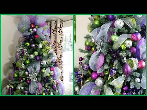 HOW TO DECORATE A CHRISTMAS TREE WITH DECO MESH | DECK THE HALLS Pt 3