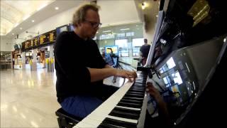 LE PIANO-ATELIER titre 5 : Portrait d